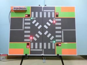 交差点信号教育盤